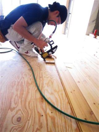 マンションリノベーション 無垢材の床